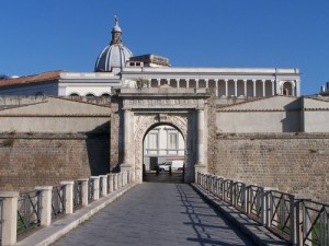 Porta Napoli (city gate)
