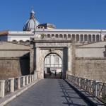 Puerta de Nápoles